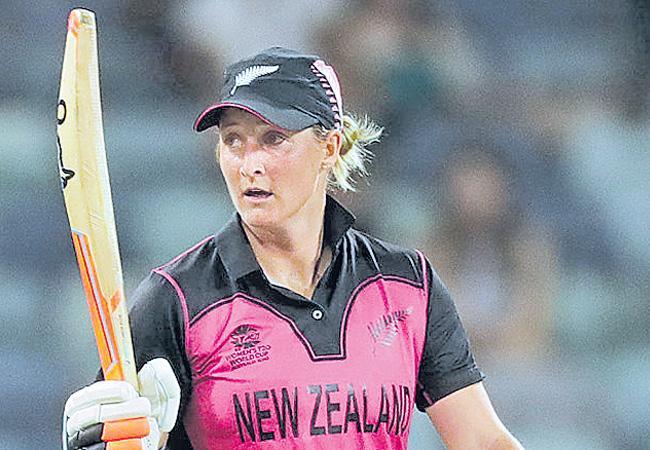New Zealand Women Cricket Team Won Against Sri Lanka In ICC T20 World Cup - Sakshi