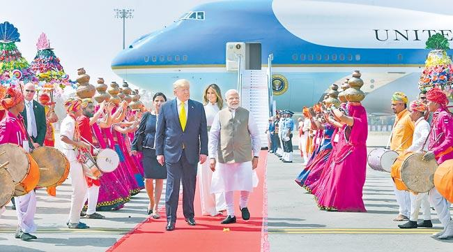 US President Donald Trump stumbles on Indian names - Sakshi