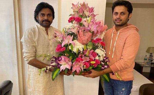 Nithin Meets With Pawan Kalyan - Sakshi