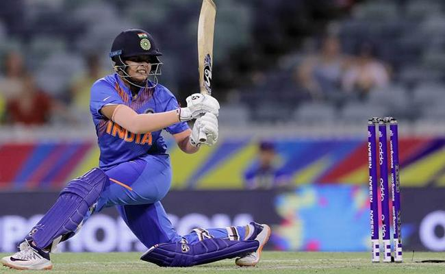 Womens T20 World Cup: Shikha Pandey Praises Shafali Verma - Sakshi