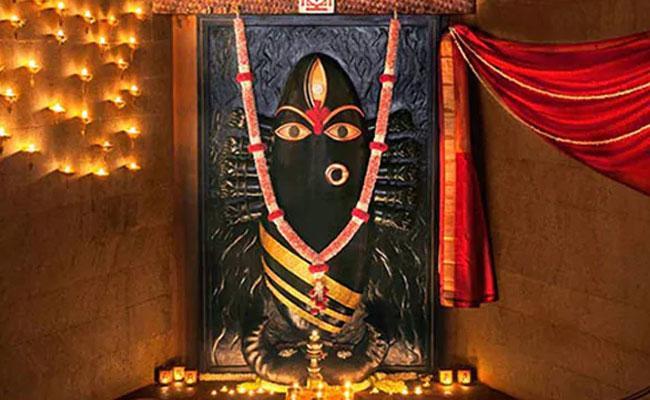Tamil Nadu Temple Allows Women To Worship During Menstruation - Sakshi