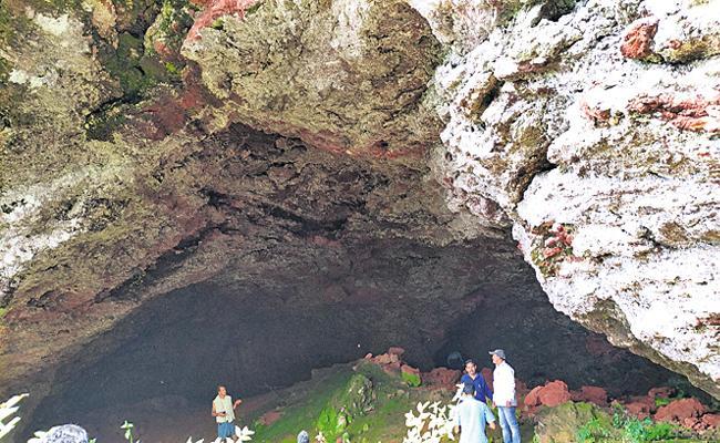 Mining Department AD Report on Alluri Sitarama Raju Caves Visakhapatnam - Sakshi