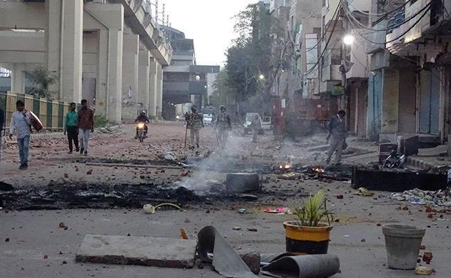 CAA Clashes In Delhi Consecutive Third Day - Sakshi