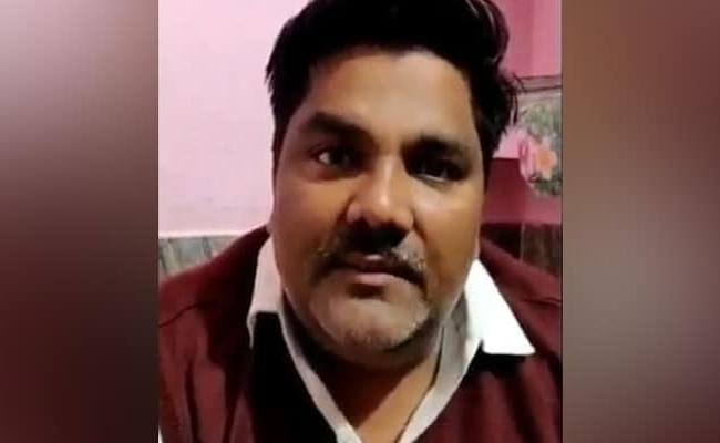 Delhi Violence: AAP Leader Tahir Hussain Accused In Ankit Sharma Killing - Sakshi