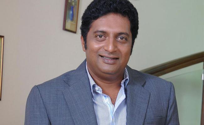 High Court Gave Notices To Actor Prakash Raj For Nadigar Film - Sakshi