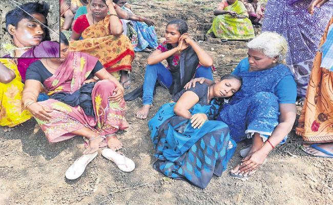Suspicious death Of Student in Guntur - Sakshi