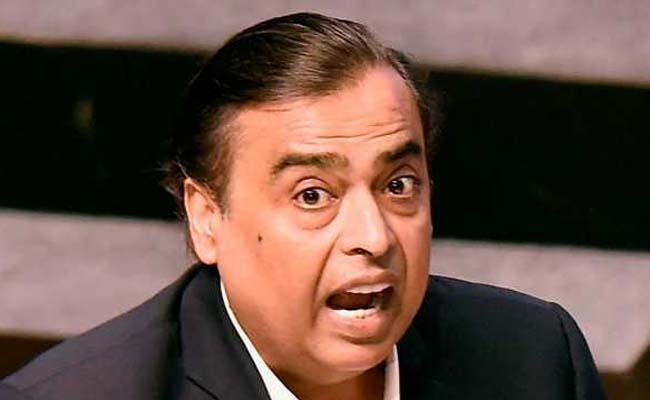 Covid Crash Mukesh Ambani loses usd 5 billion - Sakshi