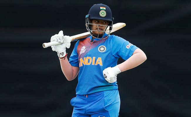 India Finish The Group Stages Unbeaten In Women's World T20 - Sakshi