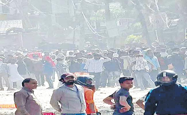 Aunindyo Chakravarty Guest Column On Religious Violence - Sakshi