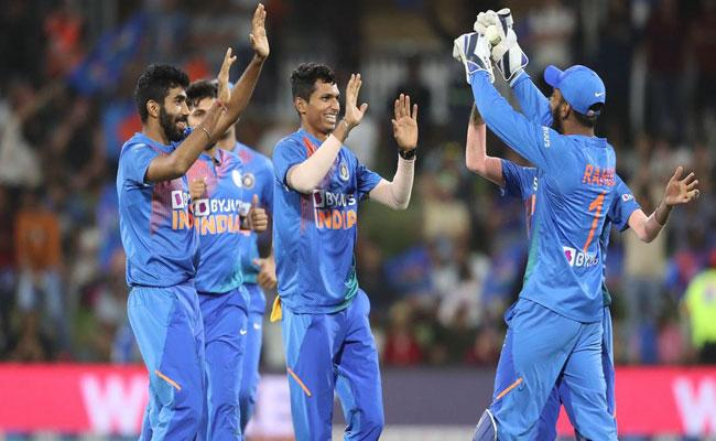 Fifth T20 Against New Zealand Team India Fined For Slow Over Rate - Sakshi
