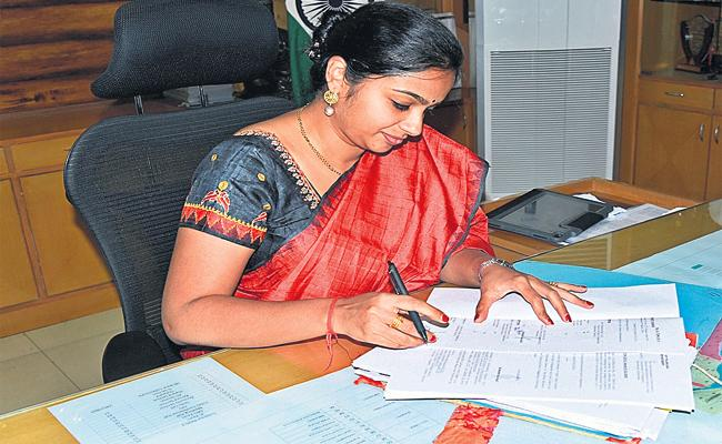 New Collectors For GHMC Hyderabad - Sakshi