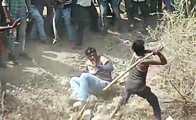 mob lynching of farmers In Madhya Pradesh - Sakshi