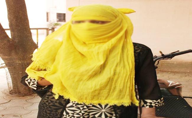 Father Molestation on Daughter in Ponnur Krishna - Sakshi