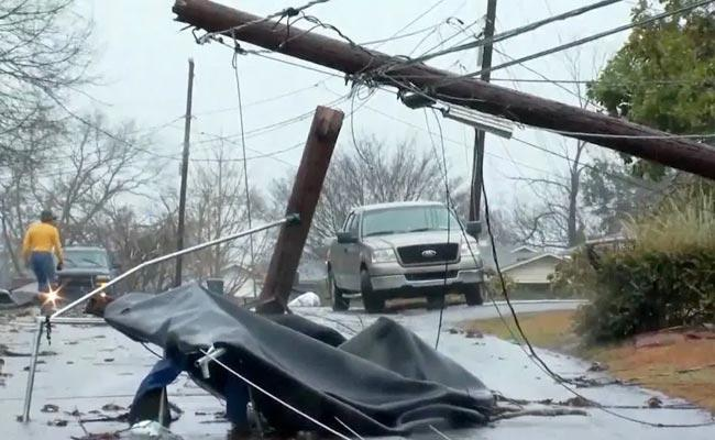 US: Five Dead as Storm Systems Bring Flooding - Sakshi