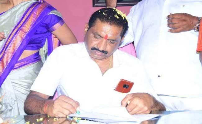 Sunil Rao Elected As Karimnagar Corporation Mayor today - Sakshi