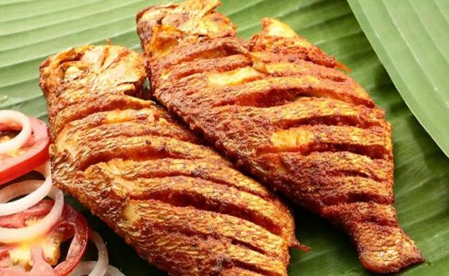 Sunday Special Food Items With Fish In Hyderabad - Sakshi