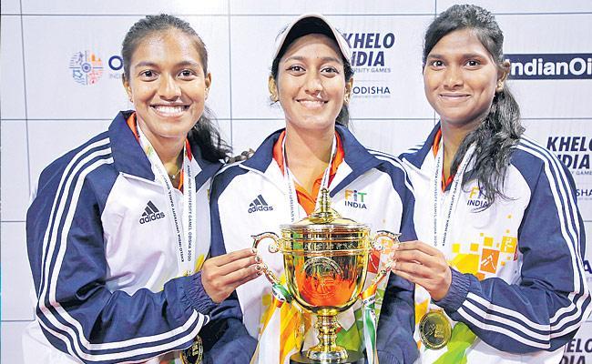 Osmania University Womens Tennis Team Got Medals In Khelo India University Games - Sakshi