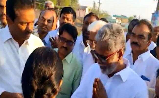Nandigama MLA Jagan Mohan Rao Padayatra Reach Srisailam - Sakshi