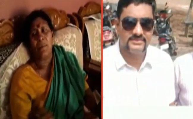 Rudravaram SI Whatsapp Message Heats Department - Sakshi