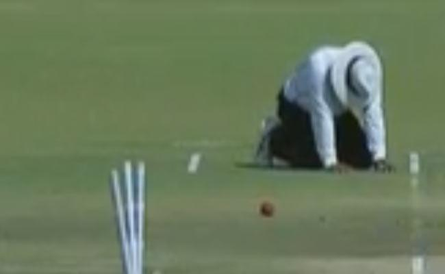 Umpire Hit On Abdomen, Ruled Out Of Ranji Final Clash - Sakshi
