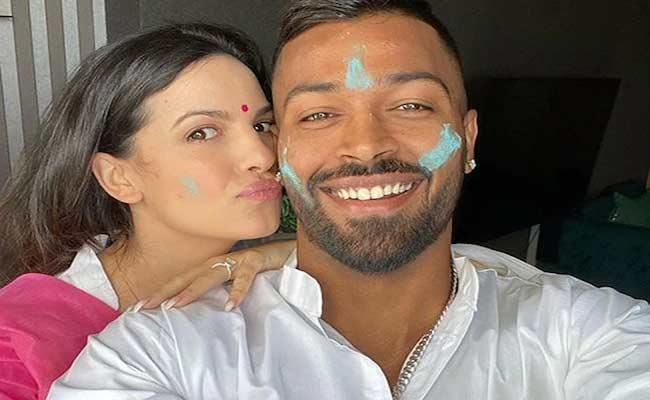 Indian Team Cricketers Celebrate Holi Festival - Sakshi