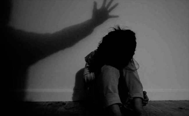 Minor Girl Molested And Killed In Unnao - Sakshi