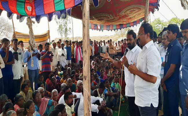 Minister Srinivas Goud Ensured To Uddandapur Reservoir Expats - Sakshi