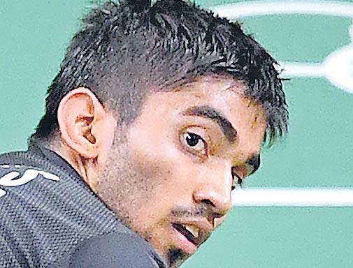 Kidambi Srikanth crashes out in 1st round after losing to Chen Long - Sakshi
