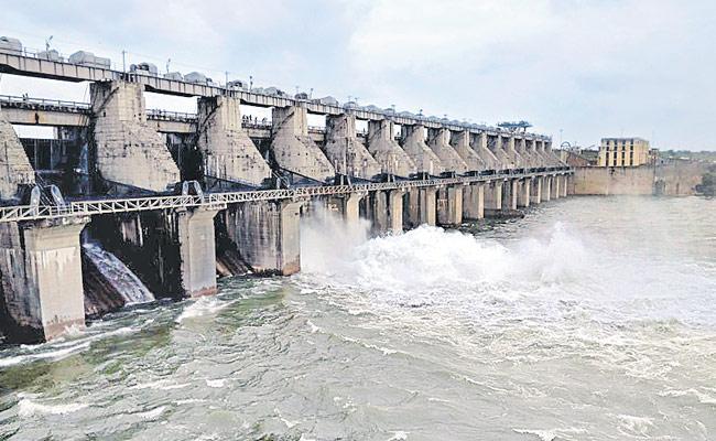 Telangana Government Changed Decision Over Kaleshwaram Project - Sakshi