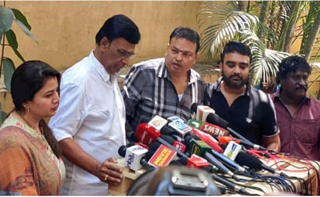 Bhagyaraj Comments About  Nadigar Sangam Elections In Tamilandu - Sakshi