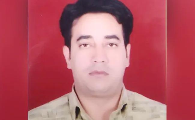 IB Official Ankit Sharma Postmortem Report 51 Injuries On Body - Sakshi