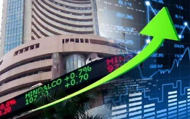 Sensex crashes 1,448 points And Nifty ends at 11,202 points - Sakshi