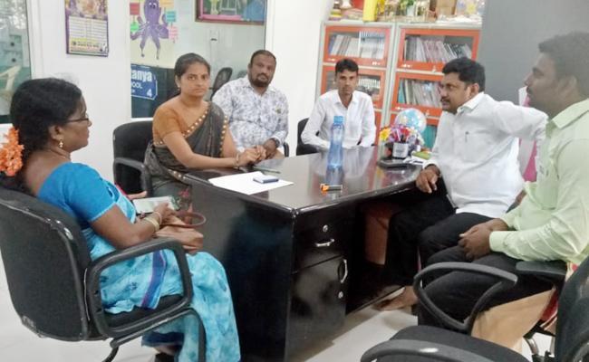 Sri Chaithanya School Teacher Abusing Student in YSR kadapa - Sakshi