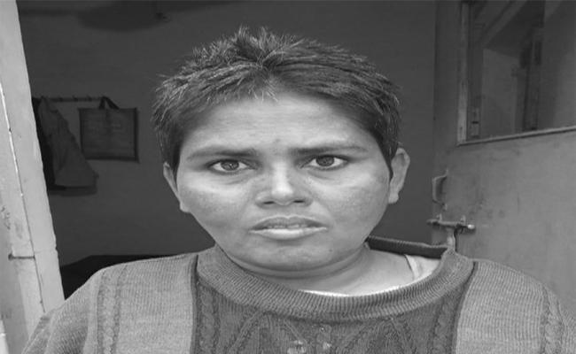 Mentally Disabled Women Found In Agra - Sakshi