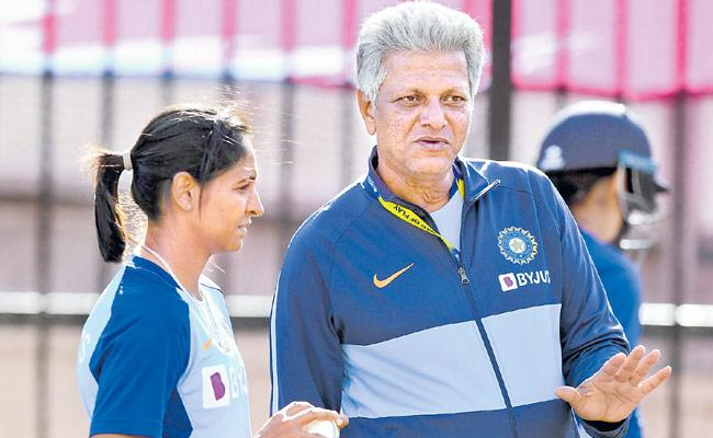 Women Cricket Team Coach Raman Speaks About Women Practice Session - Sakshi