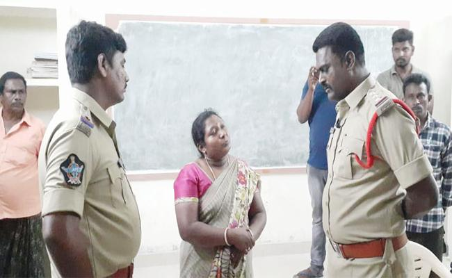 Tenth Class Student Navya Sri End Lives in West Godavari - Sakshi