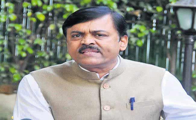 GVL Narasimha Rao Slams On EC Ramesh Kumar Over Local Body Elections - Sakshi