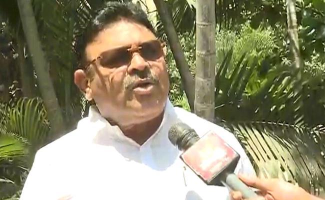 YSR Congress Party MLAs Complaint To Gautam Sawang Over Ramesh Kumar Letter - Sakshi