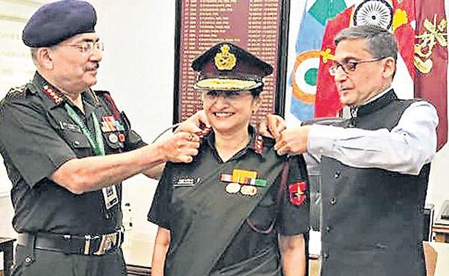 Madhuri Kanitkar Is The Third Lady As Lieutenant Generals In Indian Army - Sakshi