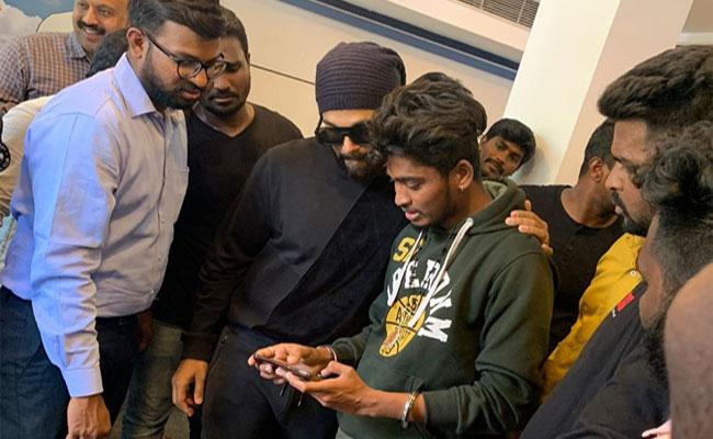 Allu Arjun Likes Shravan Kumar Short Film - Sakshi