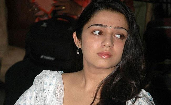 Charmi Welcomes Corona Virus Netizens Fire - Sakshi