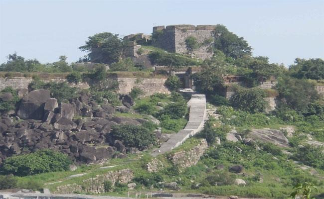 Special Story On Shyamghad Fort - Sakshi
