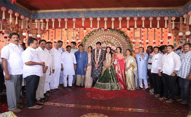 Ponguleti Srinivas Reddy Son Grand Reception At Khammam - Sakshi