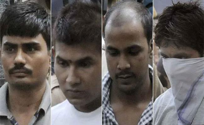 Nirbhaya Case : Delhi HC Dismisses Convicts Plea - Sakshi