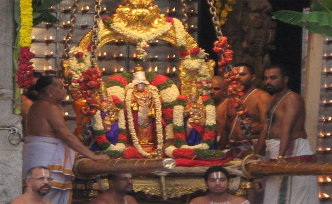 All Services Will Be Held Solitary In Tirumala For A Week - Sakshi