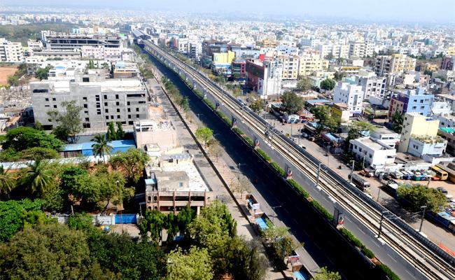 Air Pollution Down in Hyderabad Janata Curfew - Sakshi