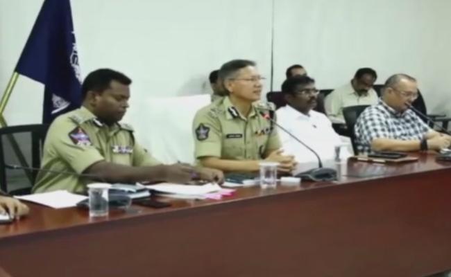 Neelam Sahni And Gowtham Sawang Conferrence About Lockdown - Sakshi