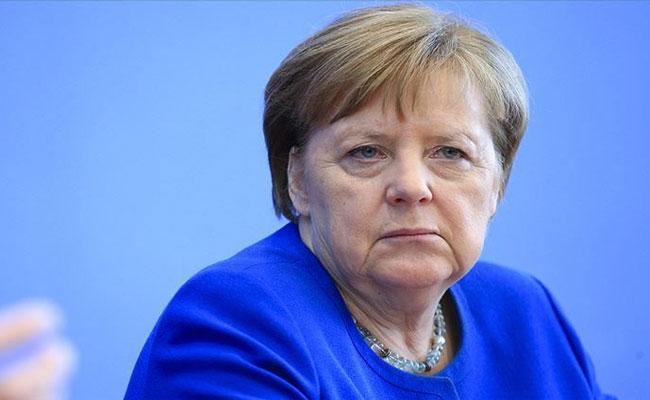 Coronavirus: German Chancellor Angela Merkel In Self-Quarantine - Sakshi