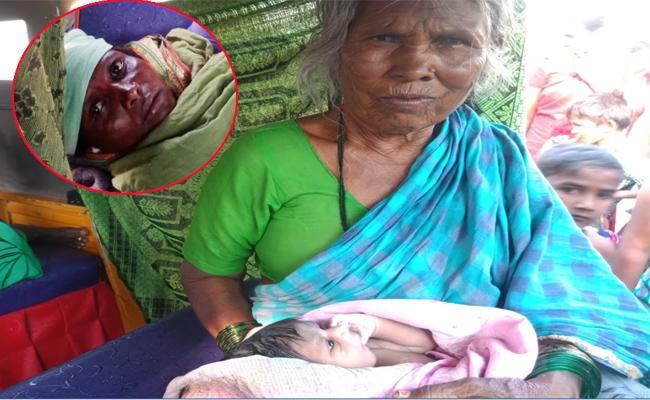 Janata Curfew Women Delivery Baby on Road in Kurnool - Sakshi
