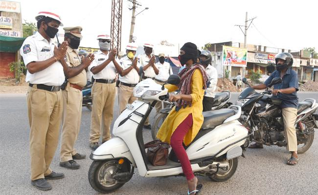 Police Request to People on Home Quarantine Adilabad - Sakshi